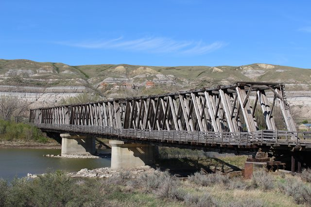 Old East Coulee Bridge