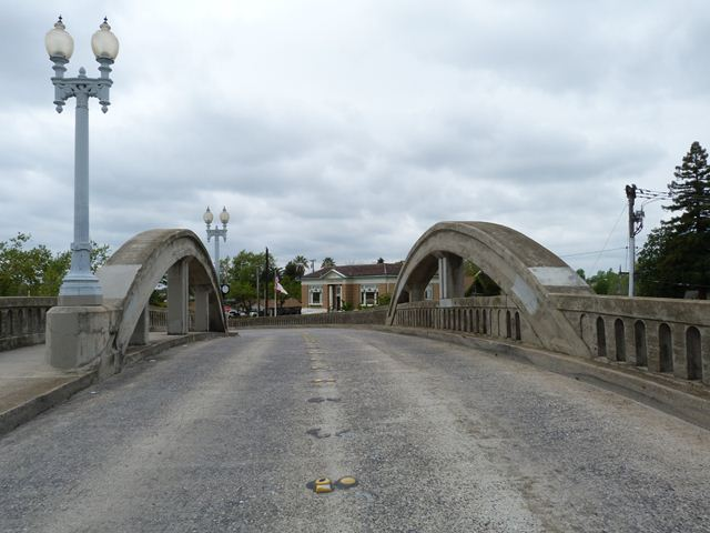 Sierra Boulevard Bridge
