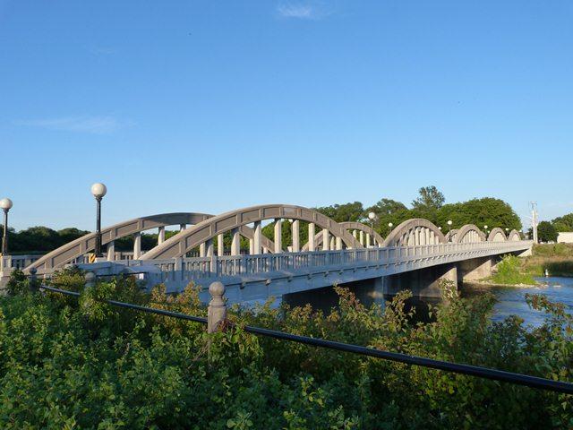 Bridge street bridge bridgeport bridge for 3 kitchener street leeds