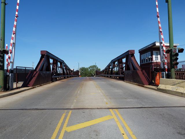 Ewing Avenue Bridge