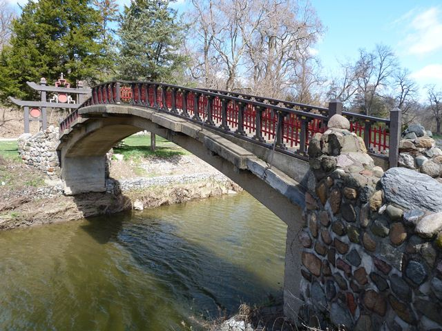 Laura Bradley Park Foot Bridge