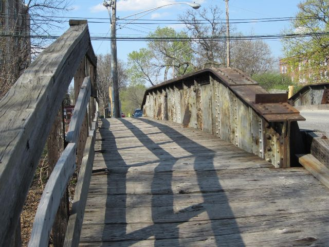 Oak Street Bridge