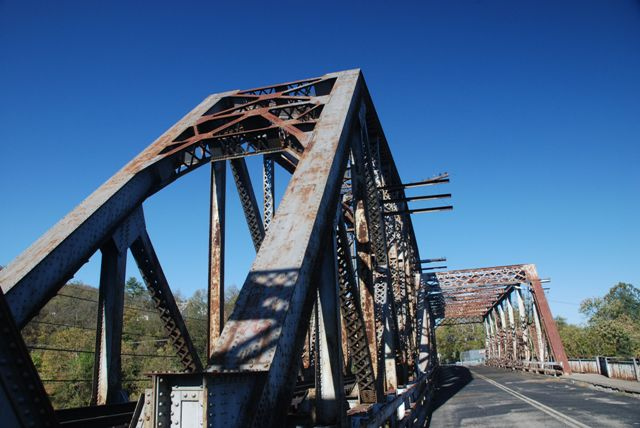 Broadway Railroad Bridge