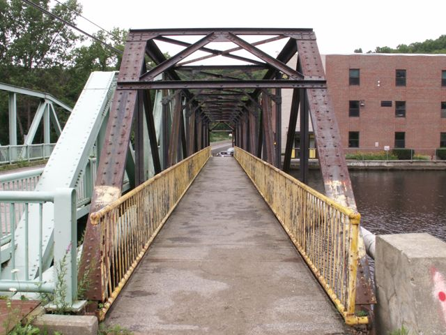 5th Street Footbridge