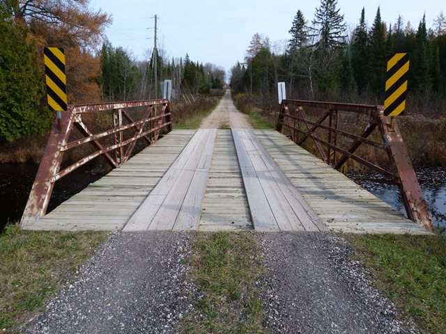 Alec Johnson Road Bridge