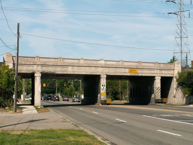 14 Mile Road Railroad Overpass