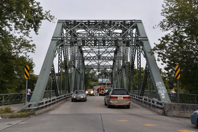 Straight Street Bridge
