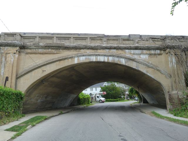 Lakefront Avenue Railroad Overpass