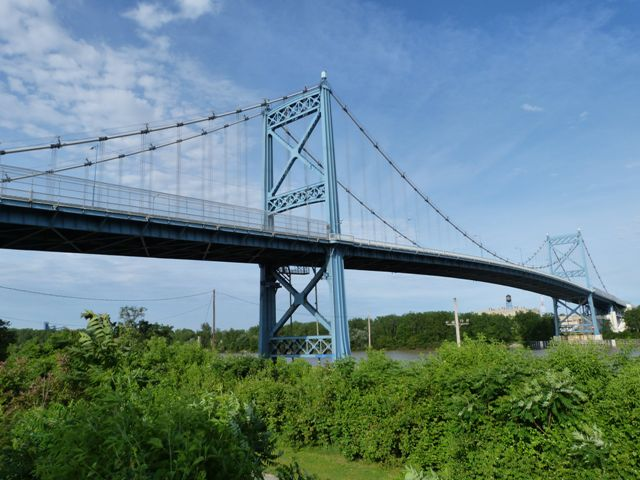 Anthony Wayne Bridge