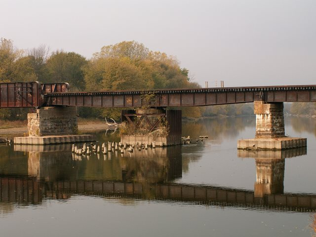 Paines Railroad Bridge