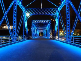 In 2009 this bridge continued to be a positive asset for Grand Rapids when it became a venue for the display of art as a part of the first ever ArtPrize ... & Blue Bridge (Grand Rapids and Indiana Railroad Bridge ...