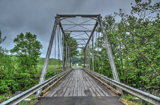 Gleaves Road Bridge