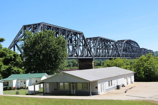 Kenova Railroad Bridge